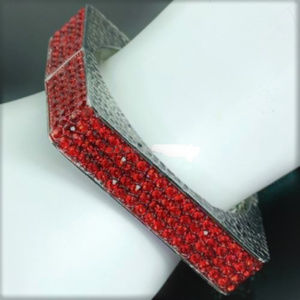 Red Crystals SILVER SQUARE HINGED BANGLE Bracelet